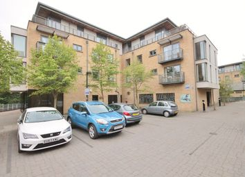 Thumbnail 3 bedroom flat to rent in Woodins Way, Oxford
