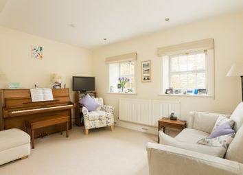 Thumbnail 2 bed cottage for sale in High Street, Chipping Norton