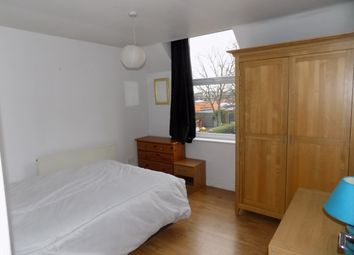 Thumbnail 2 bed flat to rent in Leopold Avenue, Manchester
