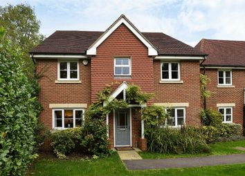 Thumbnail 5 bedroom detached house for sale in Wheatsheaf Close, Sindlesham, Berkshire