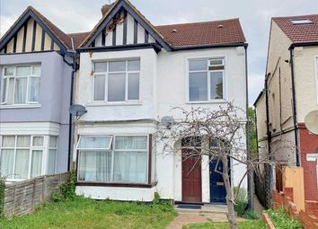 2 bed maisonette to rent in Whitchurch Lane, Edgware HA8