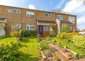 Thumbnail 3 bed detached house for sale in Kestrel Close, Berkhamsted