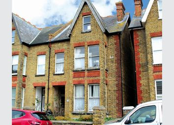 Thumbnail 2 bed flat for sale in Ground Floor Flat, Flat 1, 26 Beacon Road, Kent