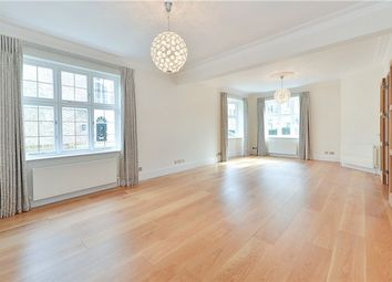 Thumbnail 5 bed town house to rent in Aubrey Walk, Kensington, London