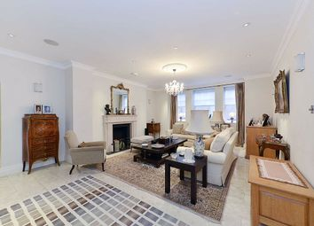 Thumbnail 5 bed flat to rent in North Gate, London