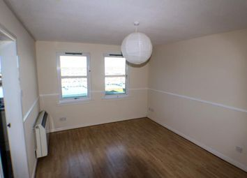 Thumbnail 2 bedroom flat to rent in Harbour Road, Tayport, Fife