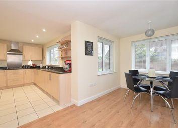 4 bed detached house for sale in Kenilworth Place, Billingshurst, West Sussex RH14