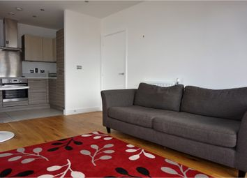 Thumbnail 2 bed flat to rent in Haggerston Hackney, London