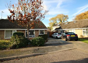 Thumbnail 2 bed semi-detached bungalow to rent in Kipling Close, Hitchin