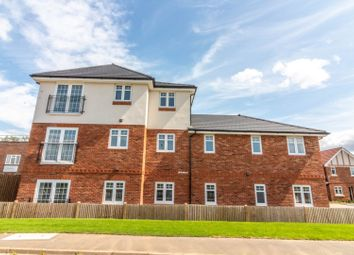 Thumbnail 1 bed flat for sale in Flat 4 Gilbert Close, Padworth, Reading