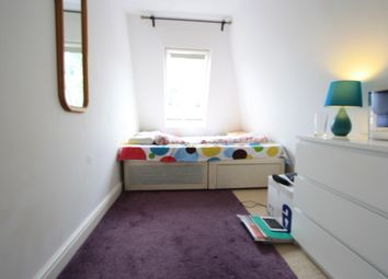 Thumbnail 1 bed flat to rent in Longley Rd, Tooting