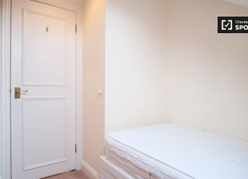 Thumbnail Room to rent in Lysia Street, London