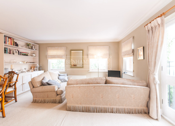 Thumbnail 2 bed flat to rent in Heath Place, Hampstead
