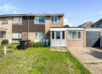 Thumbnail 5 bed detached house to rent in Howe Close, Colchester, Essex