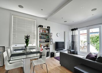 Thumbnail 2 bed flat to rent in The Avenue, Chiswick