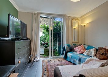 College Road, London NW10. 2 bed flat