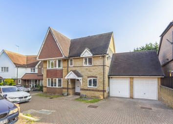 Grovewood Place, Woodford Green IG8. 5 bed detached house