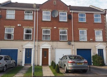 Thumbnail 3 bed town house for sale in Mariners Close, Victoria Dock, Hull