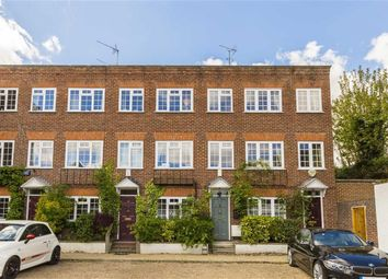 Thumbnail 4 bed property to rent in Vandyke Close, London