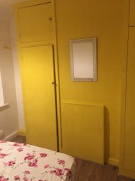 Thumbnail Room to rent in Conway Crescent, Perival
