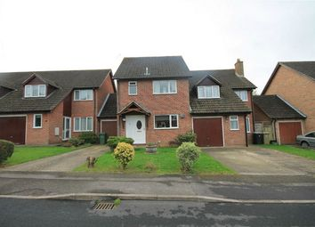 Thumbnail 3 bed link-detached house for sale in Medway Close, Thatcham