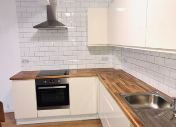 Thumbnail 2 bed barn conversion to rent in Mansfield Road, Ilford
