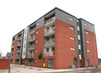 Thumbnail 1 bed flat to rent in Clinton House, Picton Street