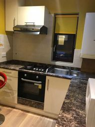 Thumbnail 2 bedroom flat to rent in Leamington Road, Walthamstow