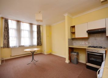 Thumbnail 3 bed flat to rent in Westwell Road, Streatham Common