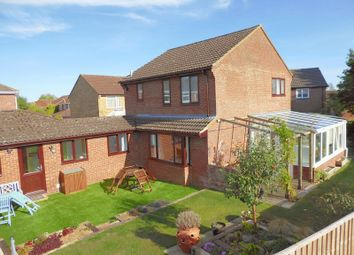 3 bed detached house for sale in Waveney Close, Bicester OX26