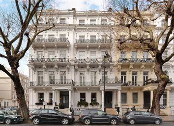 2 bed flat for sale in Queen's Gate, London SW7