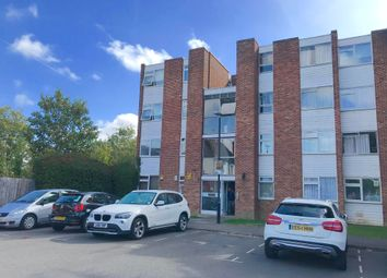 2 bed maisonette to rent in Gatewick Close, Slough SL1