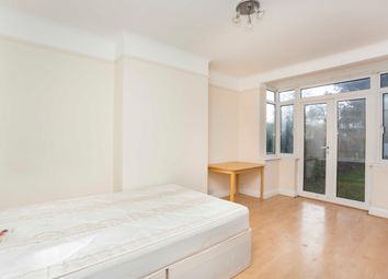 Thumbnail 5 bed property to rent in Great North Way, London