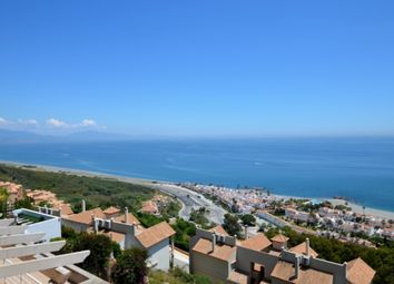 Thumbnail 3 bed villa for sale in 29692 La Duquesa, Málaga, Spain