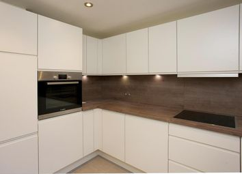Thumbnail 2 bed flat to rent in Balham, Hill, London