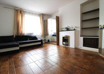 3 bed maisonette to rent in Crown Road, Barkingside, Ilford IG6