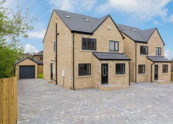 Thumbnail 5 bedroom detached house for sale in Hollinbank Lane, Heckmondwike