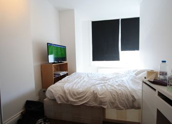 Thumbnail 4 bed flat to rent in Glendon Road, Streatham