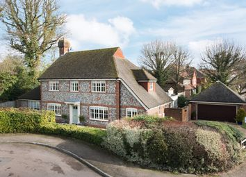 Thumbnail 5 bed detached house for sale in Lincolns Mead, Lingfield