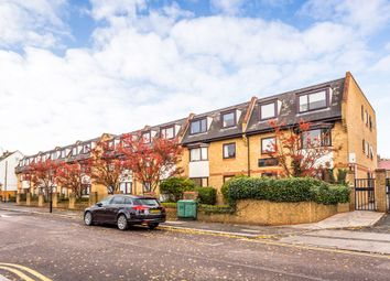 1 bed flat to rent in Mornington Road, Leytonstone E11