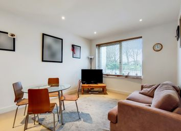 Douglas Road, Wood Green, London N22. 1 bed flat for sale