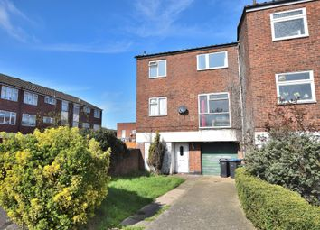 Thumbnail Room to rent in Long Banks, Harlow