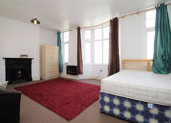 Room to rent in High Street, Uxbridge, Middlesex UB8