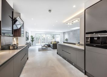 Thumbnail 5 bed detached house to rent in Parkside, London