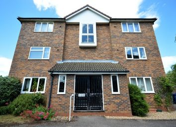 Thumbnail 2 bed flat to rent in Corrie Road, Cambridge
