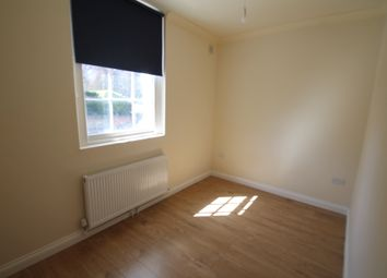 Thumbnail 3 bed flat to rent in Waverly Street, Nottingham