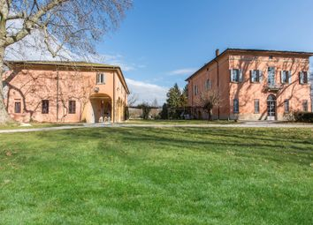 Thumbnail 5 bed villa for sale in 1972, Bologna, Italy