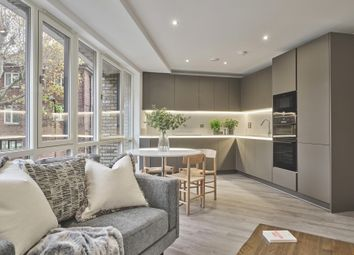New North Road, Hoxton N1. 2 bed flat