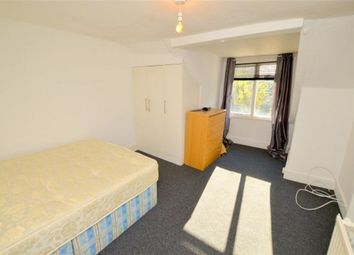 Thumbnail 2 bed flat to rent in Sparsholt Road, London