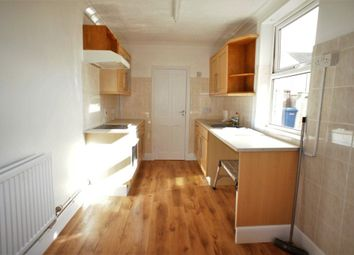 Thumbnail 1 bedroom flat to rent in Queens Road, Lowestoft